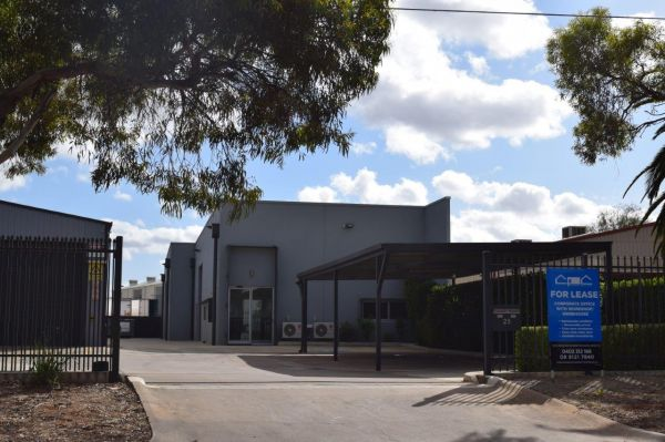 For Lease - High Quality Office with Workshop/Warehouse